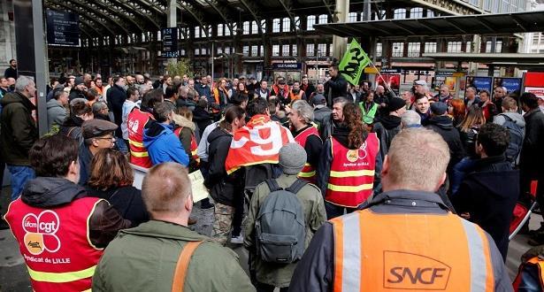 إضراب جديد في قطاع السكك الحديدية بفرنسا