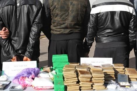 العرائش.. مصالح الأمن تباشر عمليتين متزامنتين ضد الإتجار الدولي في المخدرات
