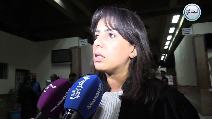 """بالفيديو… المحامية مريم جمال الإدريسي: """"النقيب زيان وضع المحاكمة في موقف مؤسف ودفاع المتهم يمارس العبث"""""""