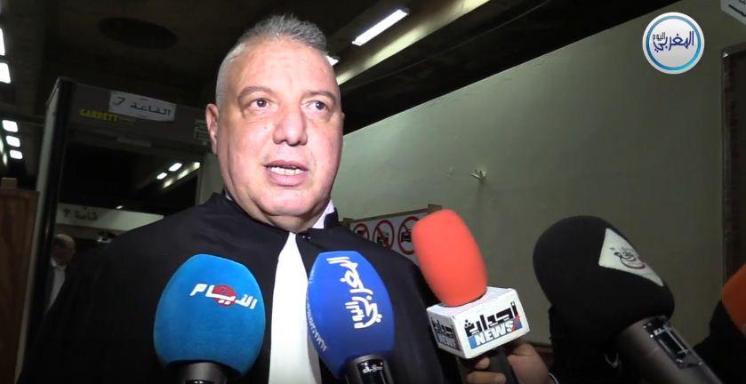 """بالفيديو… المحامي زهراش: """"حنان بكور قالت للمحكمة ما باغاش نشوف الفيديوهات وتعرضوا عليها 7 فيديوهات خايبة"""""""