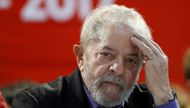 القضاء يقضي بضرورة استمرار حبس الرئيس البرازيلي السابق