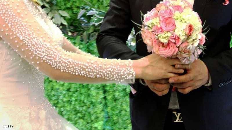 أربعيني يتزوج طفلة… غضب والسلطات تحقق