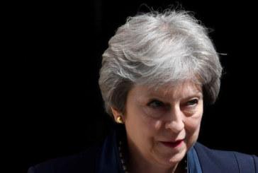 رئيسة الوزراء البريطانية ماي تعلن أنها ستستقيل في السابع يونيو