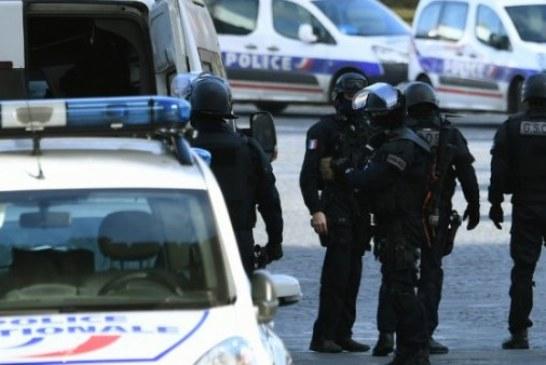 فرنسا تستعين بشرطيين مغاربة للتعرف على هويات قاصرين بشوارع باريس