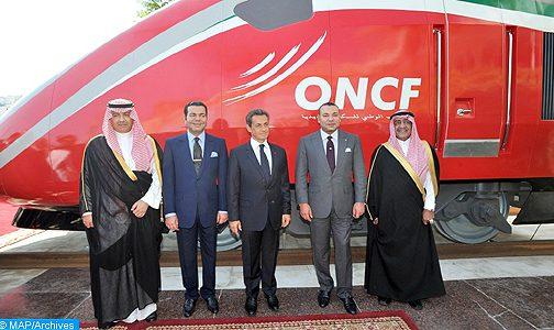 """الملك محمد السادس يطلق إسم """"البراق"""" على القطار المغربي الفائق السرعة"""