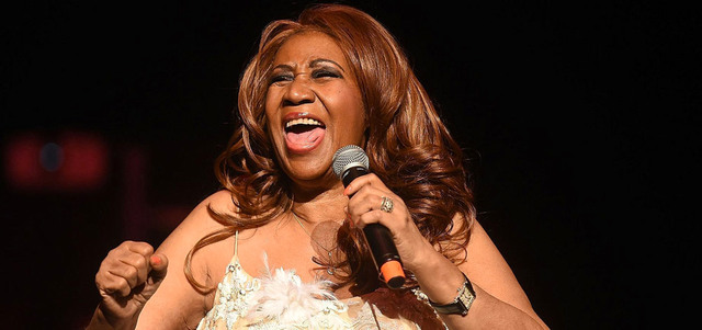 """وفاة المغنية الأمريكية أريثا فرانكلين """"ملكة"""" موسيقى السول"""
