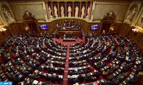 البرلمان الفرنسي يرفض بأغلبية كبيرة مذكرتين للمعارضة لحجب الثقة عن الحكومة