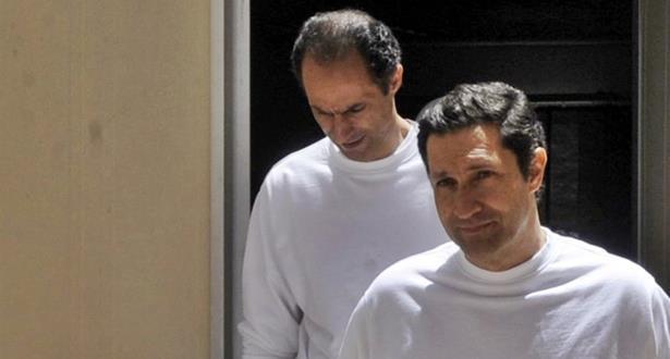 محكمة مصرية تخلي سبيل نجلي الرئيس الأسبق حسني مبارك