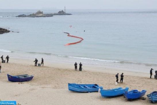 وحدتان قتاليتان تابعتان للبحرية الملكية تنقذان حياة 19 مرشحا للهجرة السرية بعرض ساحل الدار البيضاء