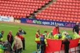 مرض مشجع يتسبب بإلغاء مباراة بإنجلترا