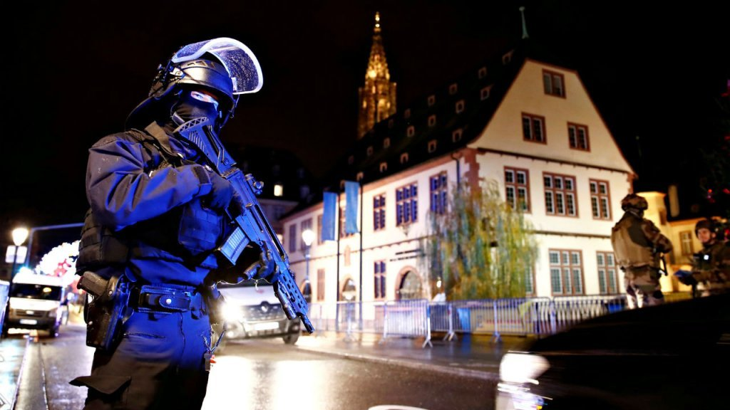 فرنسا: السجن الاحتياطي لأحد أقرباء منفذ اعتداء ستراسبورغ