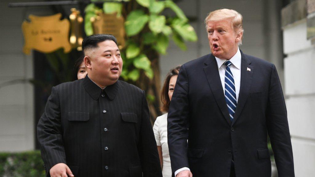 ترامب وكيم يغادران مكان انعقاد القمة دون التوصل لاتفاق