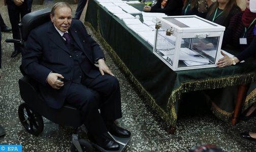 """الرئيس بوتفليقة يترشح من على """"فراش المرض"""" رسميا لولاية  خامسة"""