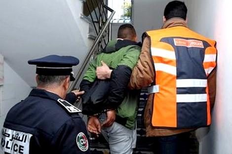أسفي… توقيف قاصرين حاولا سرقة شرطي باستعمال العنف