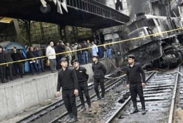 استقالة وزير النقل المصري على خلفية حادثة القطار بالقاهرة