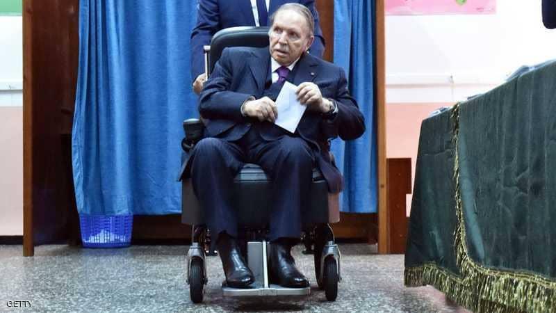 """يوم حاسم بالجزائر… بوتفليقة """"مطلوب شخصيا"""" لتقديم ترشحه"""