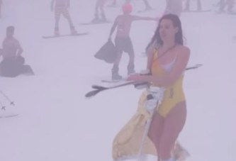 مهرجان الجليد