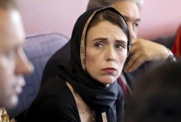 رئيسة وزراء نيوزيلندا تزور وتواسي عائلات ضحايا الاعتداء الإرهابي على المسجدين