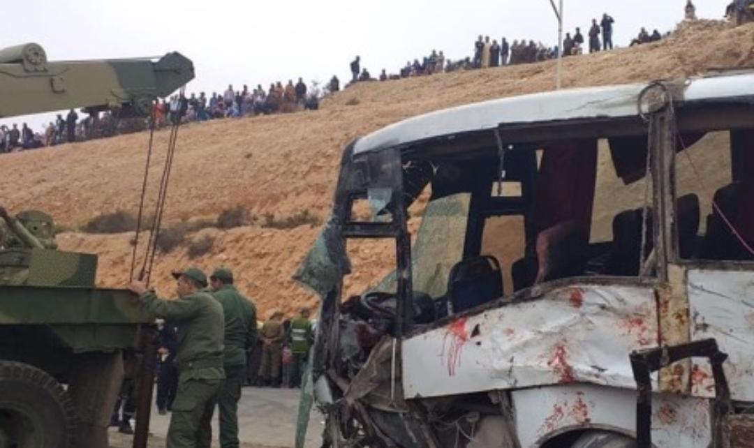 مصرع شخصين وجرح آخرين في انقلاب حافلة لنقل العمال بأكادير