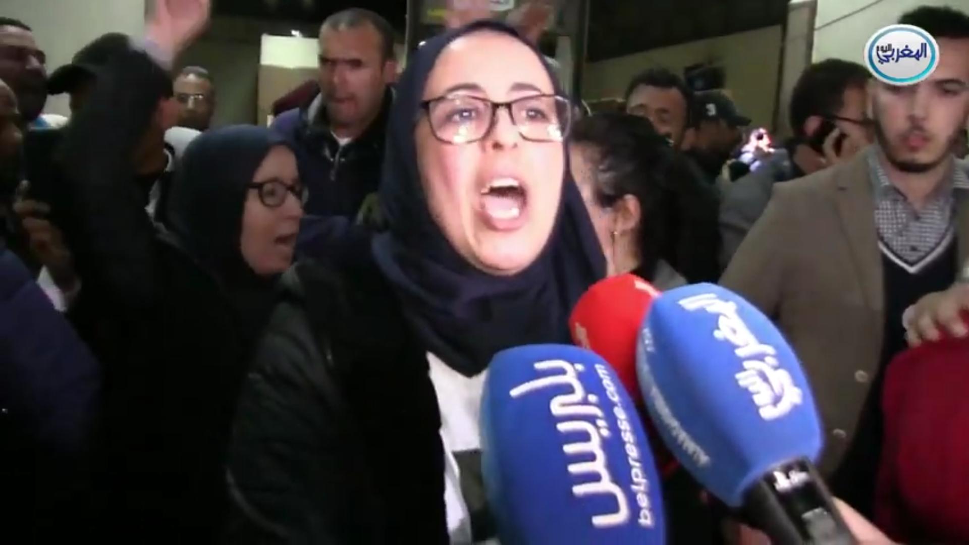بالفيديو… بكاء وانهيار وسط العائلات بعد الحكم الاستئناف على الزفزافي والمهداوي ورفاقهم