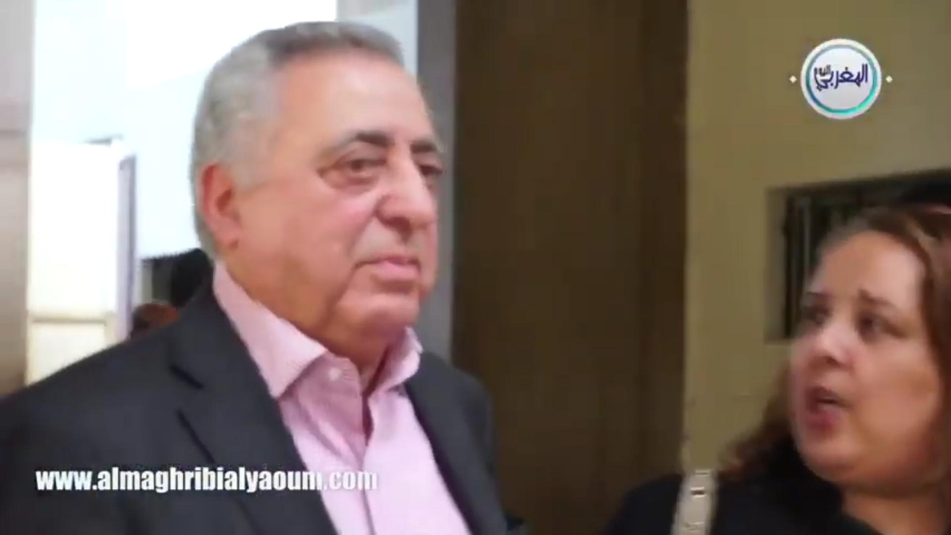 بالفيديو… المحامي زيان يقتحم المحكمة خلال جلسة توفيق بوعشرين وهذا ما قاله عن إيقافه
