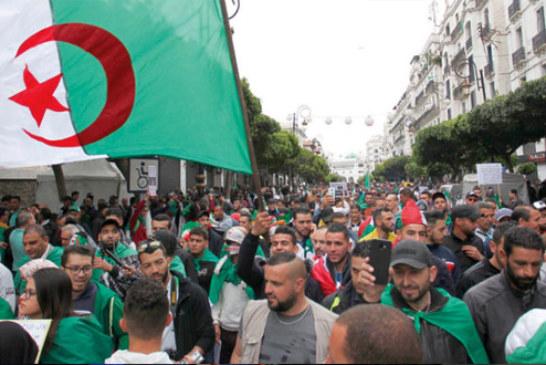 محكمة جزائرية تصدر أحكامها في حق سلال وأويحيى بتهم الفساد