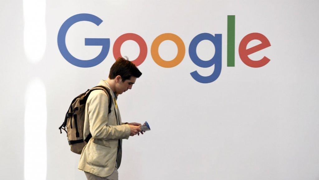 فرنسا عازمة على فرض ضريبة على شركات الإنترنت