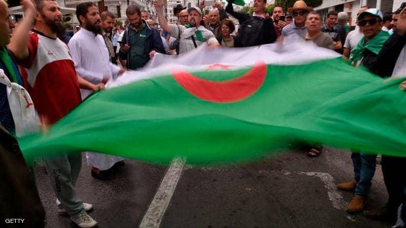 مع اقتراب نهاية المهلة… لا مرشحين لانتخابات الجزائر