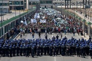 الجزائر… حملة اعتقالات جديدة في صفوف المتظاهرين