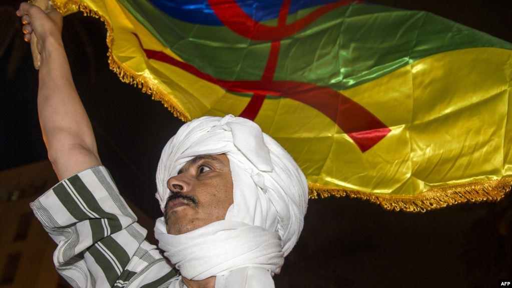 الفريق الاستقلالي بمجلس النواب يحمل الحكومة مسؤولية تعطيل قانون الأمازيغية والمجلس الوطني للغات