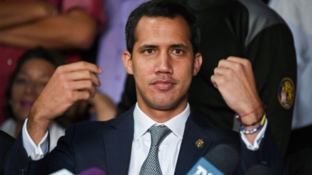 غوايدو يحاول الحصول من جديد على تأييد الجيش الفنزويلي