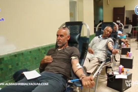 بالفيديو… المراكشيون يتبرعون بدمائهم لإنقاذ الأرواح