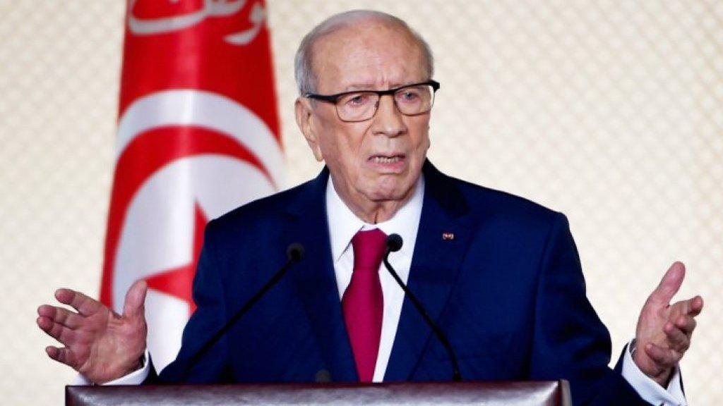 """الرئيس التونسي يتعرض لـ""""وعكة صحية"""" استوجبت نقله  للمستشفى"""