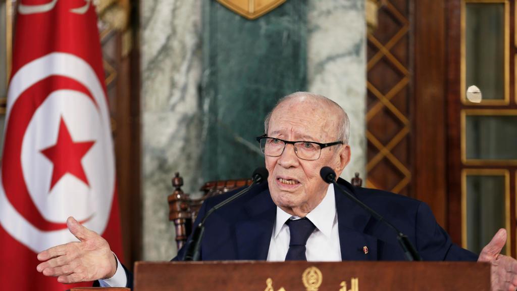 وفاة الرئيس التونسي الباجي قايد السبسي بعد وعكة صحية