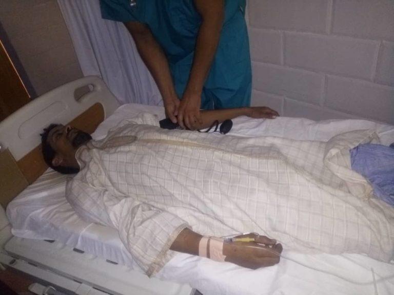 نجل أحمد الخليل ينقل في حالة حرجة للمستشفى وعائلته تحمل البوليساريو المسؤولية