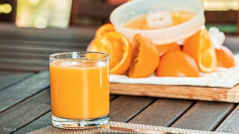 هل عصير البرتقال يزيد احتمالات الإصابة بالسكري؟