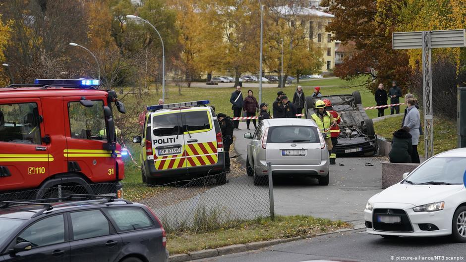 سيارة إسعاف تصدم عددا من المارة في أوسلو