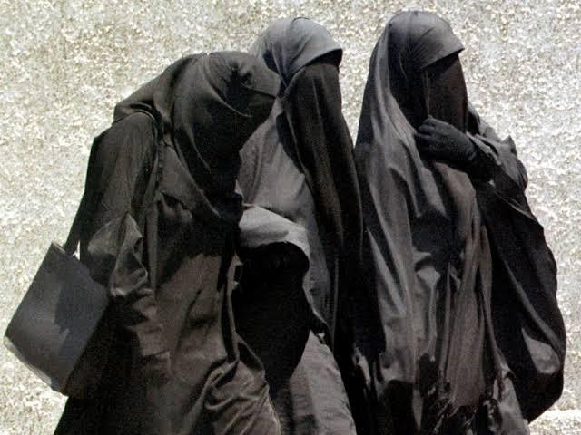 """الأمن يوضح حقيقة السفاح الذي يرتدي """"خمارا"""" ويستهدف النساء بسطات"""