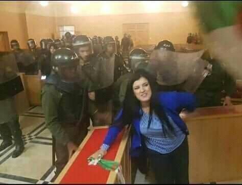 تدخل عنيف لفض تجمع للقضاة داخل محكمة جزائرية