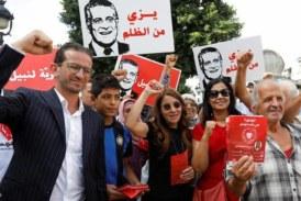 """أحزاب رئيسية بتونس ترفض تزعم """"النهضة"""" للحكومة القادمة"""