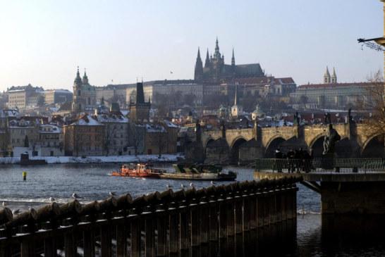 4 قتلى وجريحان بإطلاق نار في مستشفى بتشيكيا