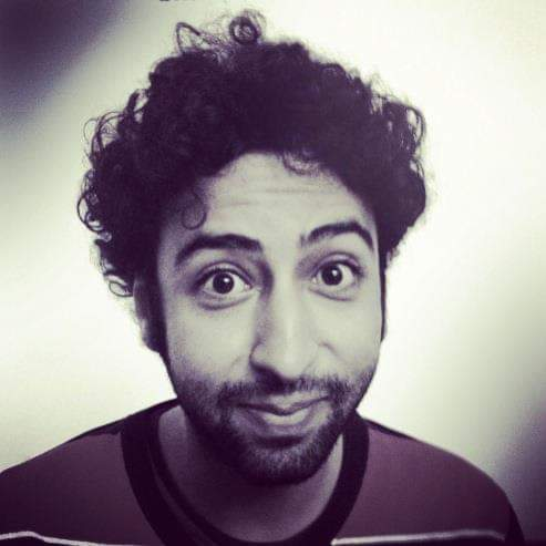 تطورات قضية الصحافي عمر الراضي… نقله من مقر الفرقة الوطنية لعرضه على المحكمة