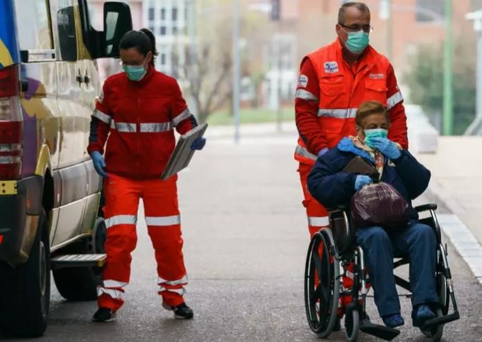 إسبانيا: 769 وفاة جديدة بفيروس كورونا وحصيلة الإصابات تصل إلى 4858