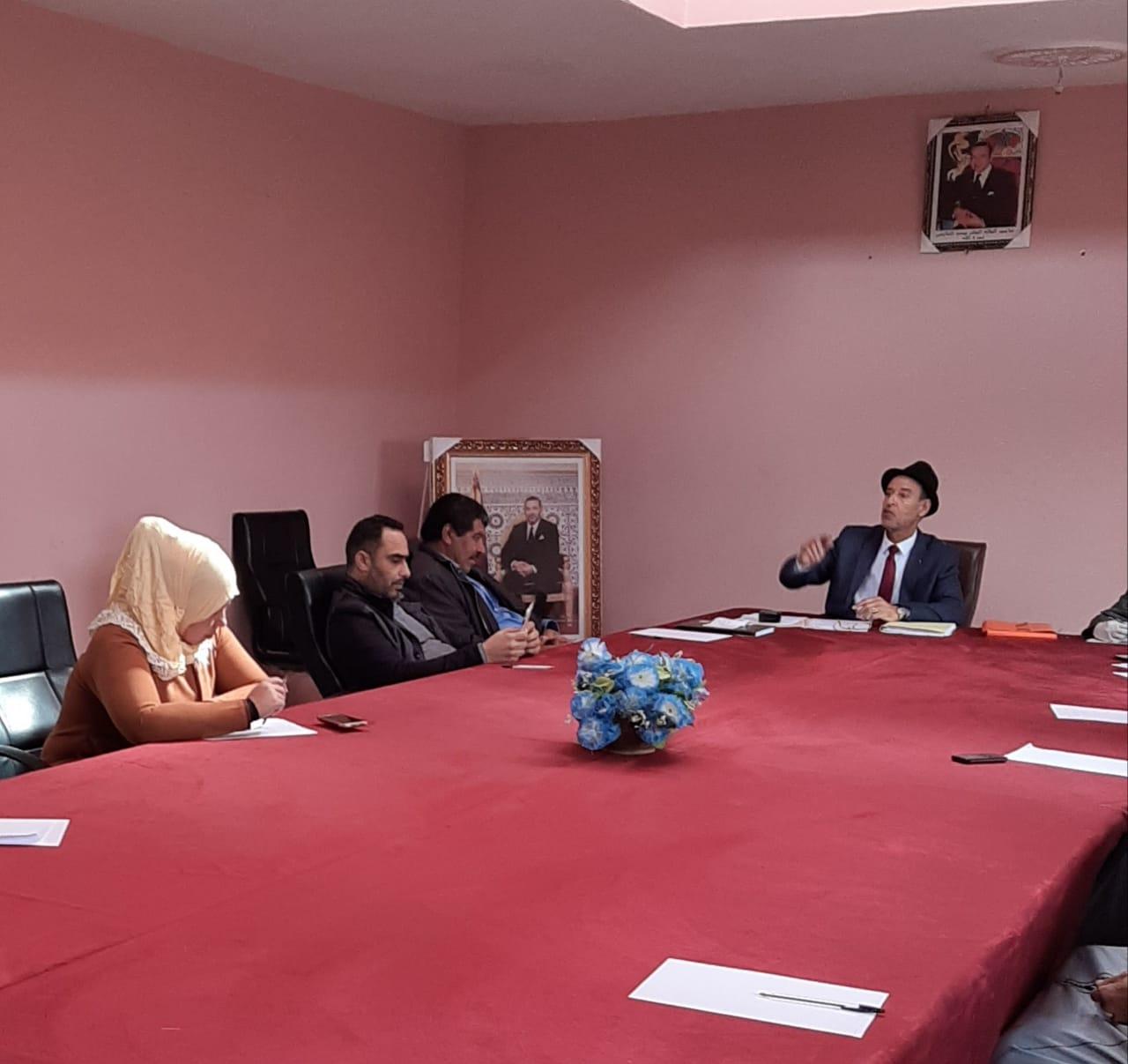 جماعة الحكاكشة بإقليم سيدي بنور توزع مساعدات على الساكنة لمواجهة تبعات فيروس كورونا