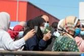 عمال الضيعات الفلاحية من المغاربة بإسبانيا يحتجون من أجل تحقيق مطالبهم