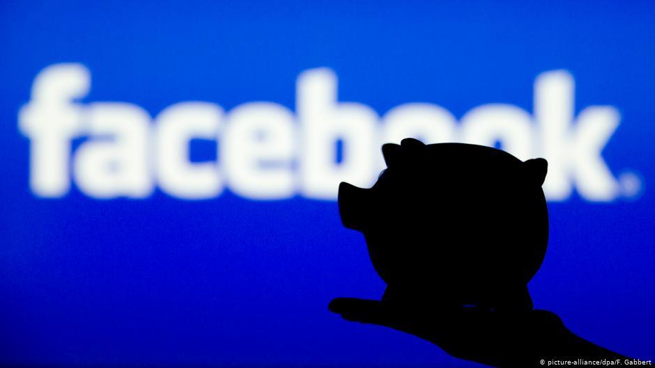 هل يطلق فايسبوك خدمة جديدة لإيداع الأموال بالبنوك؟