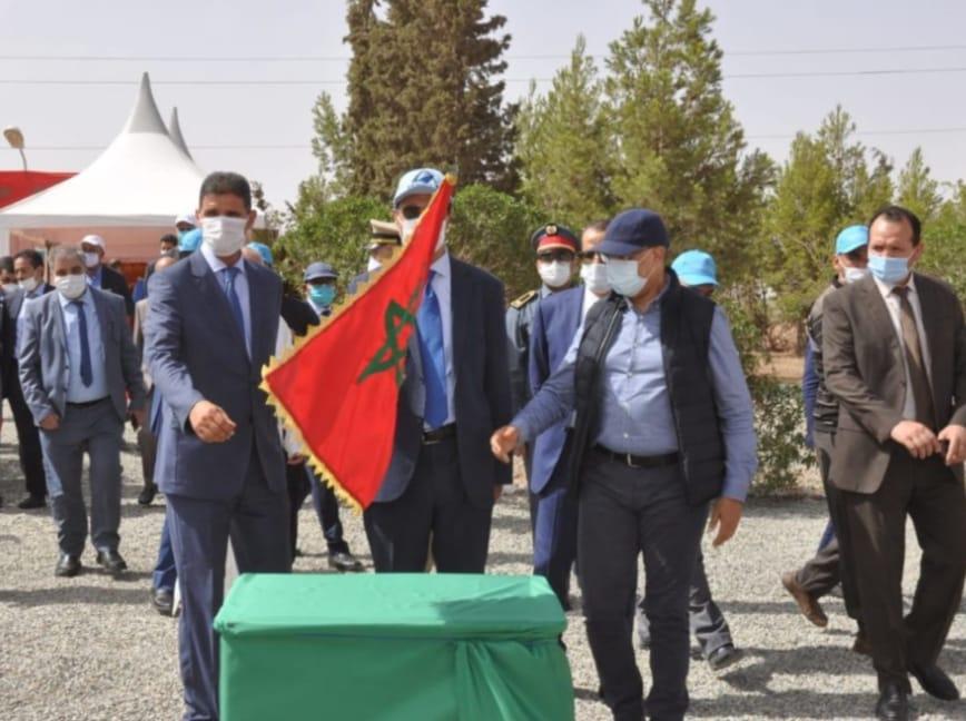 اعمارة وزير التجهيز والنقل والكراب عامل شيشاوة يعطيان انطلاقة عدة مشاريع بالإقليم