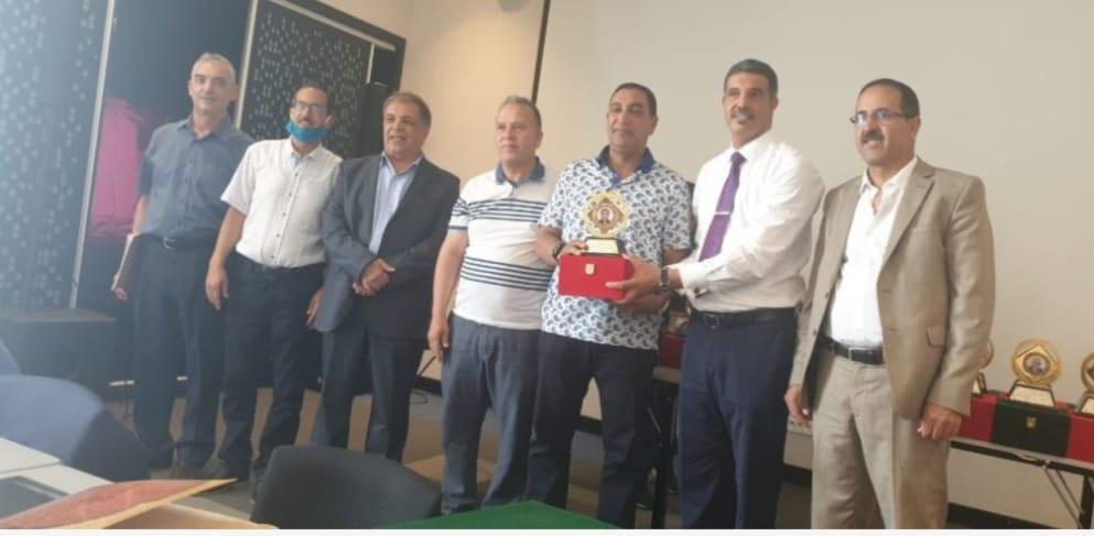 جمعية هيئات المحامين بالمغرب تعقد اجتماع مكتبها وتكرم نقيب مراكش مولاي اسليمان العمراني