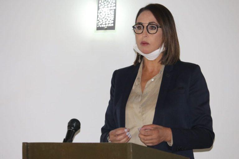 """نبيلة منيب بالعيون في موضوع : """"الإعلام ومسار البناء الديمقراطي بالمغرب"""""""