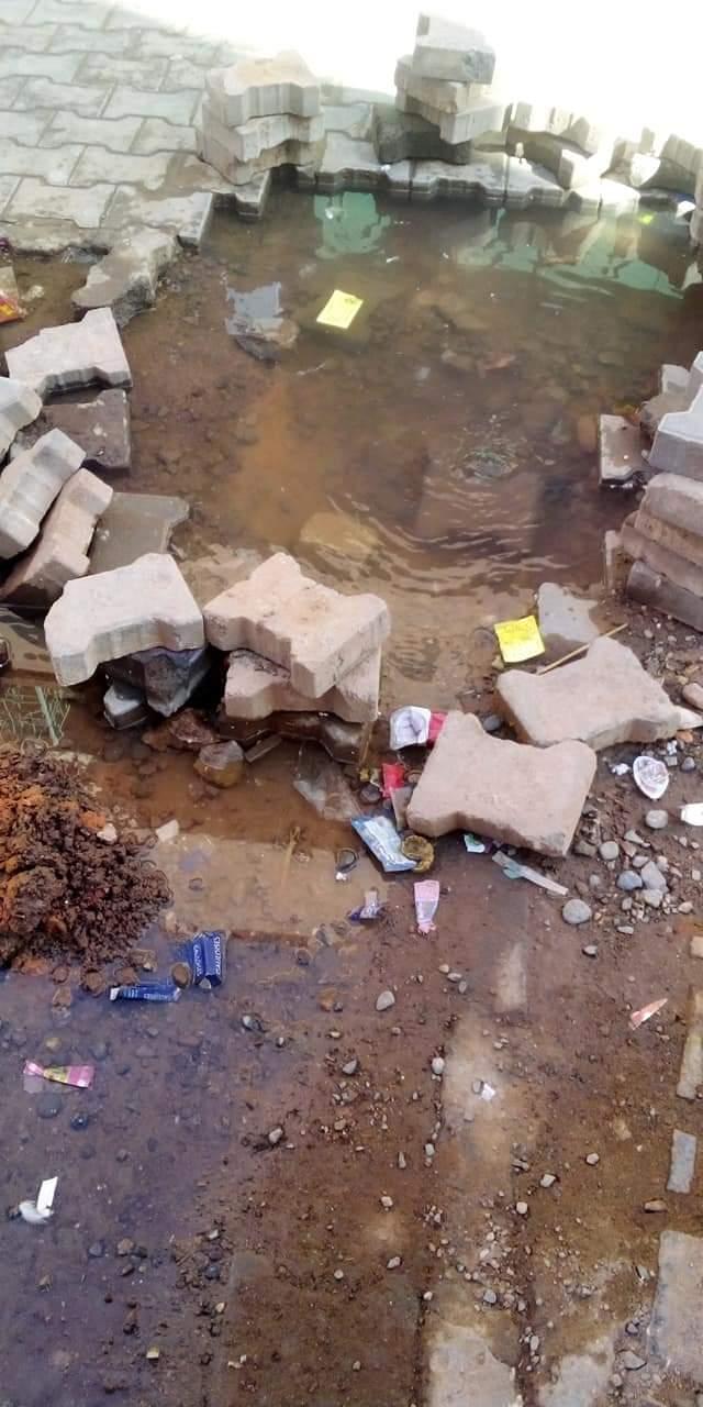 الرحامنة… استنزاف الماء الصالح للشرب بالحي الجديد والجهة المسؤولة لا تحرك ساكنا
